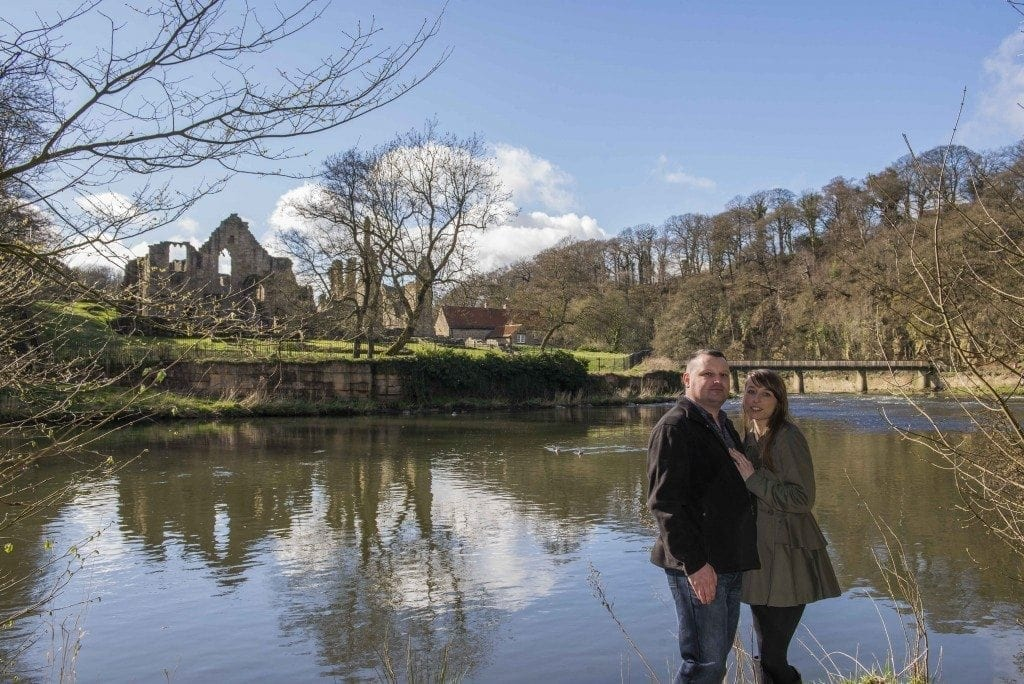 finchale abbey pre wedding photography | Dawn & Trevor_15