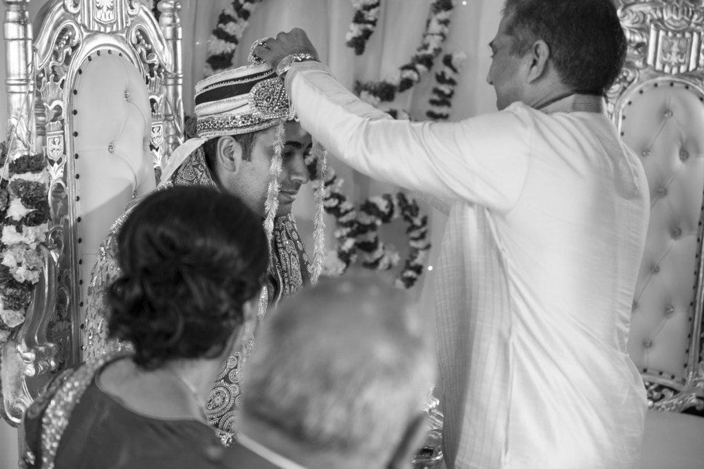 Anjali & Raj's gorgeous asian wedding in Newcastle at the civic centre. Such A beautiful day photographed by newcastle asain wedding photographer Leighton Bainbridge