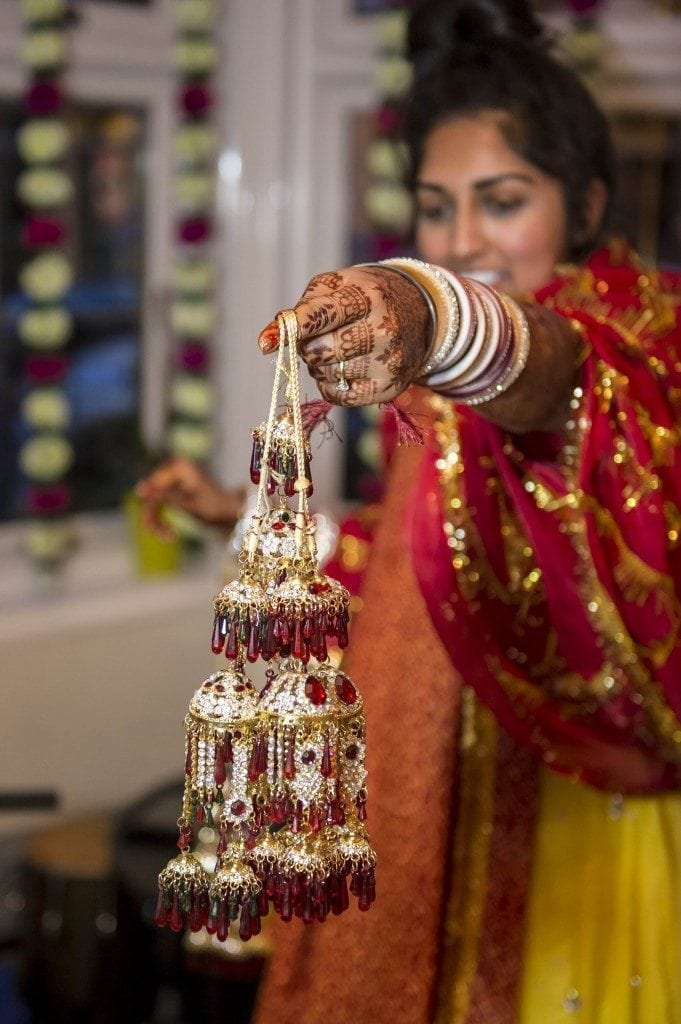 Anjali's santh celebration by Newcastle asian wedding photographer Leighton Bainbridge, was a fantastic and emotinal experience