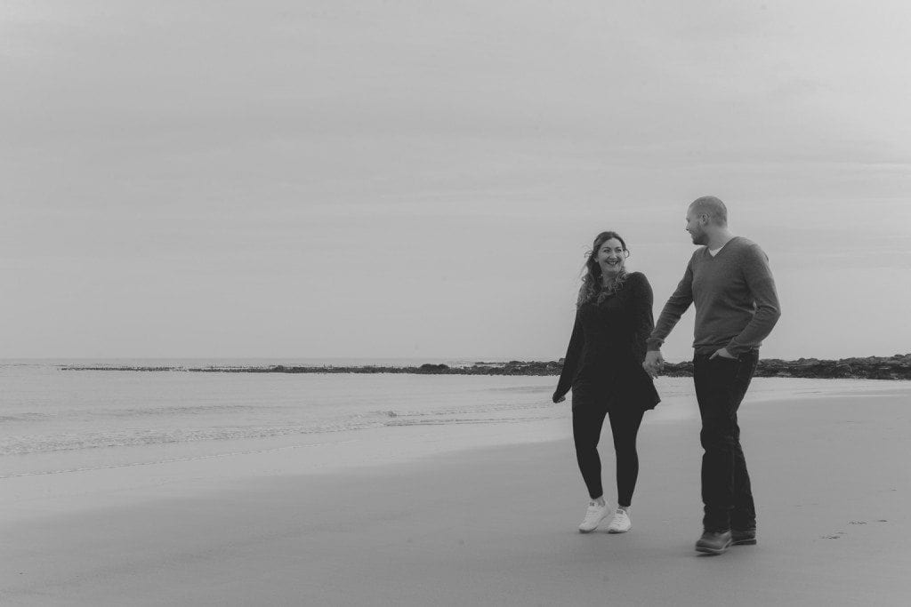 A gorgeous pre wedding photography on Tynemouth beach front with the awesome couple of Sarah & Sean. A cold but beautful morning in Tynemouth beach
