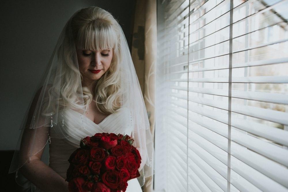 copthorne-hotel-newcastle-wedding-danielle-sam_19