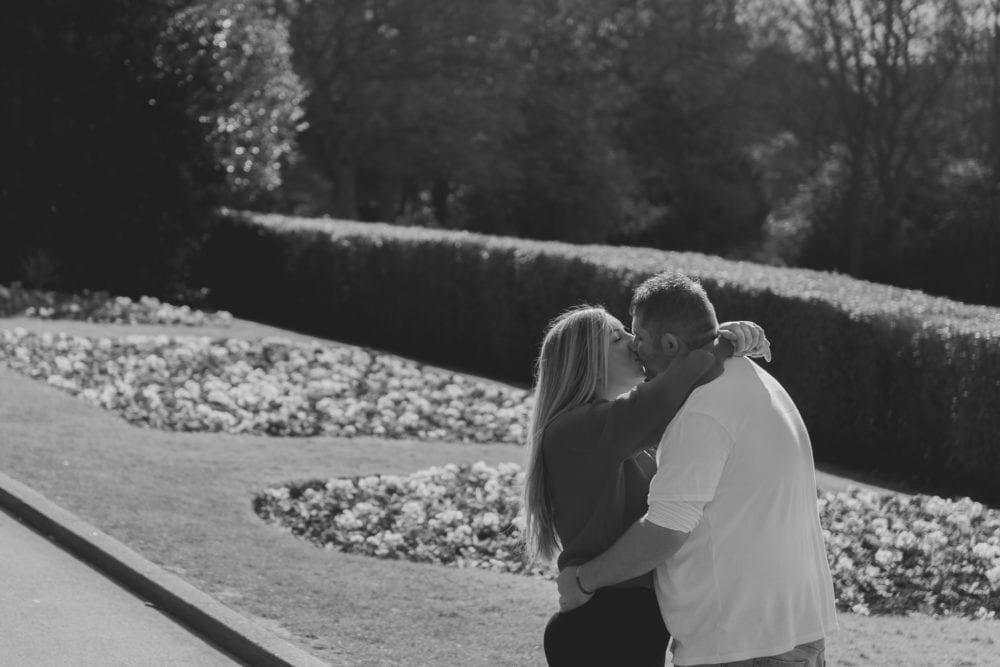 A gorgeous pre wedding photography at Saltwell Park with Lauren & Gary photographed by Newcastle wedding photographer Leighton Bainbridge