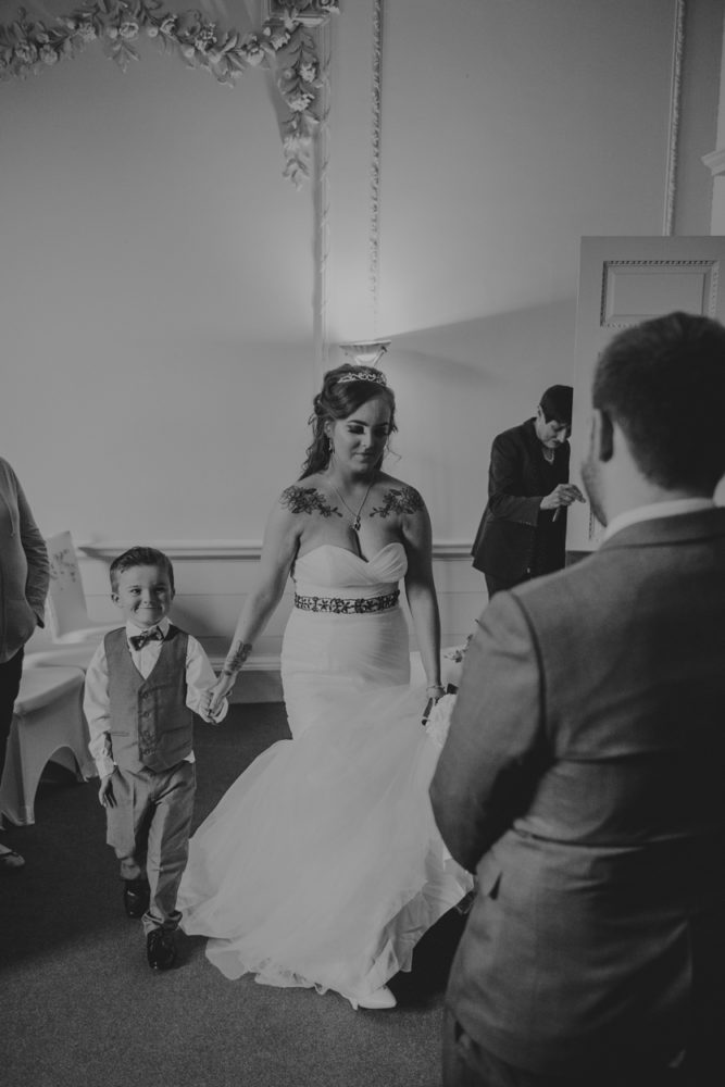 A gorgeous Durham City wedding photography at the Registry office with Tammy and Scott