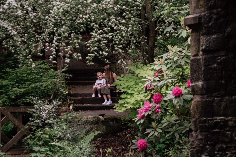 Saltwell Park Pre Wedding Photography with Vicky & Jylen